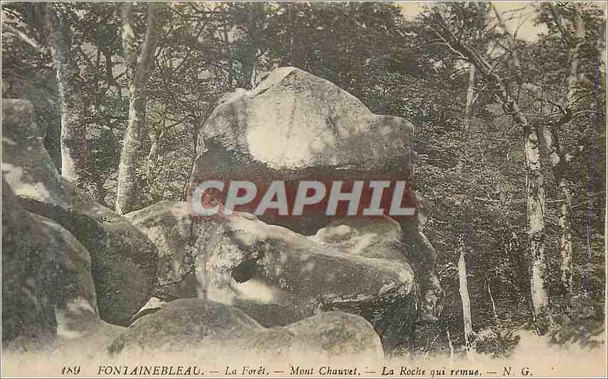 Ansichtskarte AK Fontainebleau La Foret Mont Chauvet La Roche qui rennue 0