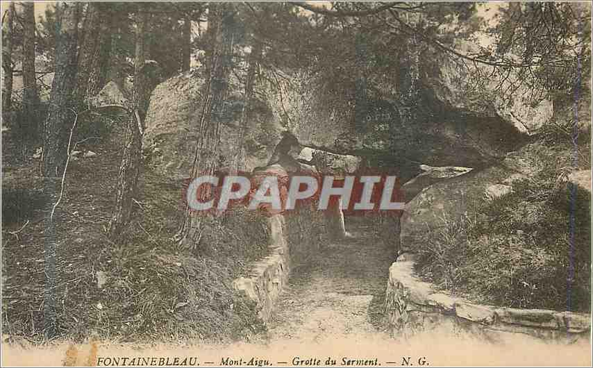 Ansichtskarte AK Fontainebleau Mont Aigu  Grotte du Serment 0
