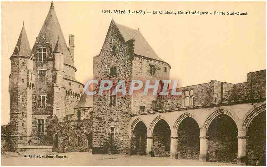Ansichtskarte AK Vitre (I et V)Le Chateau Cour interieure Partie Sud Ouest 0