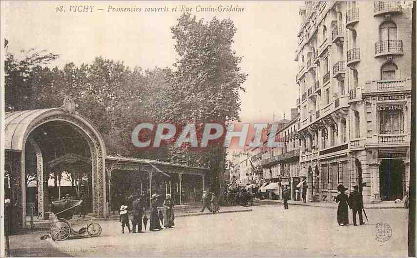 Ansichtskarte AK Vichy Promenaire couverts et Rue Cunin Gridaine 0