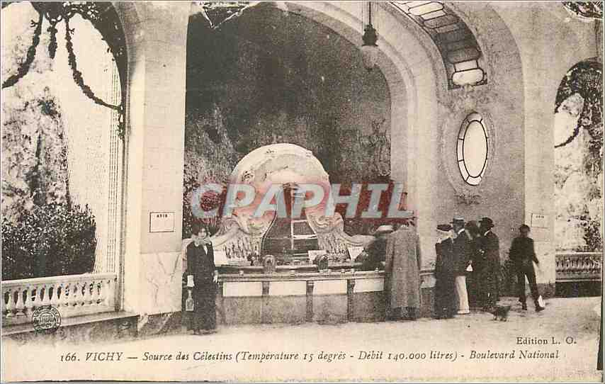 Ansichtskarte AK Vichy Source des Celestins Boulevard National 0
