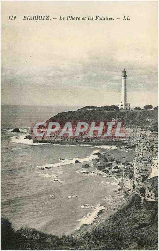 Ansichtskarte AK Biarritz Le Phare et les Falaises 0