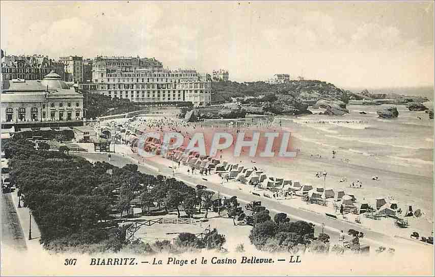 Ansichtskarte AK Biarritz La Plage et le Casino Bellevue 0