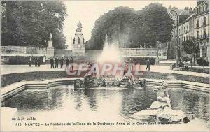 Ansichtskarte AK Nantes La Fontaine de la Place de la Duchesse Anne et la Cours Saint Pierre