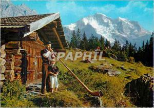 Moderne Karte Wengen Joueur du Cor des Alpes et son Fils Au Fond La Jungfrau (4166 m) Folklore