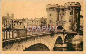 Ansichtskarte AK Verdun (Meuse) La Porte et le Pont Chaussee