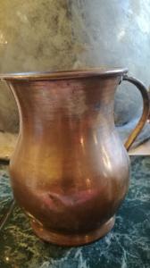Antiker Kupferkrug