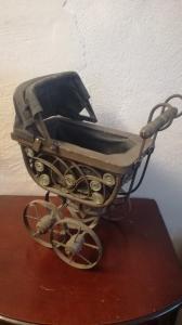 Antik  Puppenwagen
