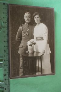 Tolles altes Kabinettfoto - Frau mit Soldat mit Schützenschnur Blasewitz
