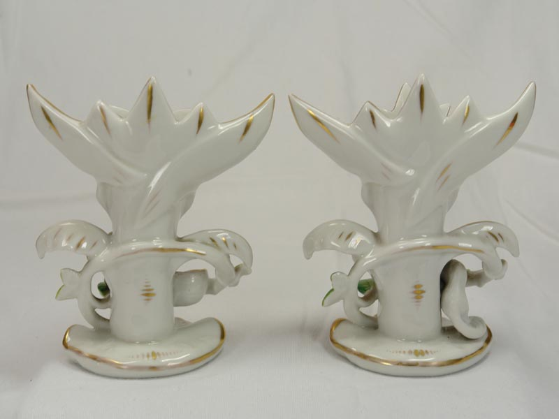 Paar Vasen, 2. Hälfte 19. Jh., ungemarkt, wohl Böhmen, ziervergoldet, bestoßen. H: 13,5 cm 1