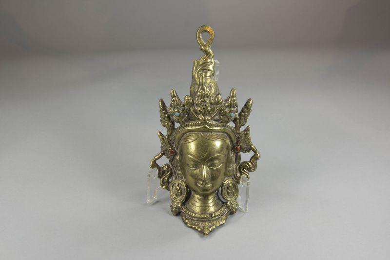 Maske, Asien, 20. Jh., Bronze, Maske einer Tara, zum Aufhängen, Gebrauchsspuren. H: 17 cm
