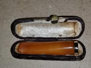 Antike Zigaretten spitze aus Bernstein