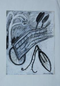 Übermalung Fahrrad, Zaun und Landschaft  mit einem durchscheinenden Frauengesicht in den Farben weiß, schwarz und grau.
