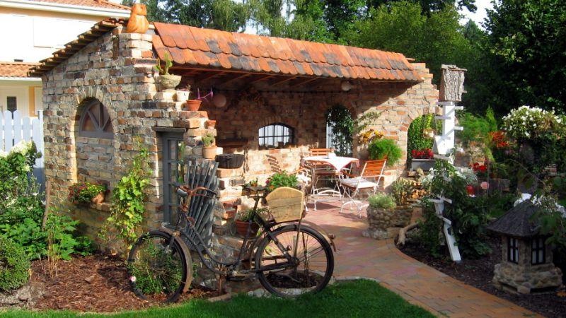 garten gestaltung deko ziegel mauer – elvenbride, Garten und Bauten