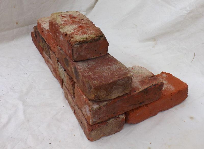 alte mauersteine antike rustikale ziegel klinker backsteine histo. Black Bedroom Furniture Sets. Home Design Ideas