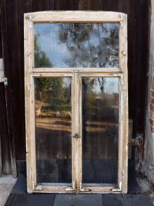 Historische Doppelkastenfenster Holzfenster Antikfenster Pavillon Glaspavillon Veranda Terrasse Verglasung