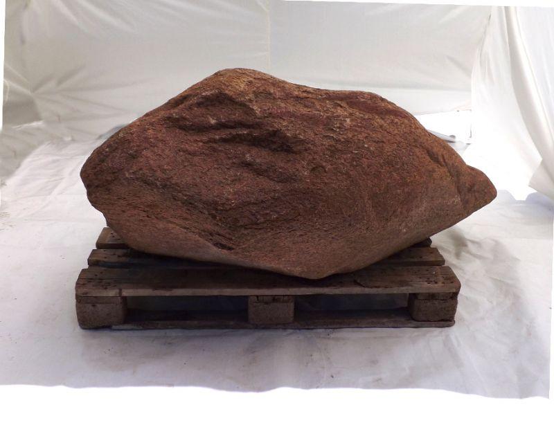 Naturstein Findling Feldstein Solitärstein roter Granit Quellstein Felsstein Zierstein Gartenstein