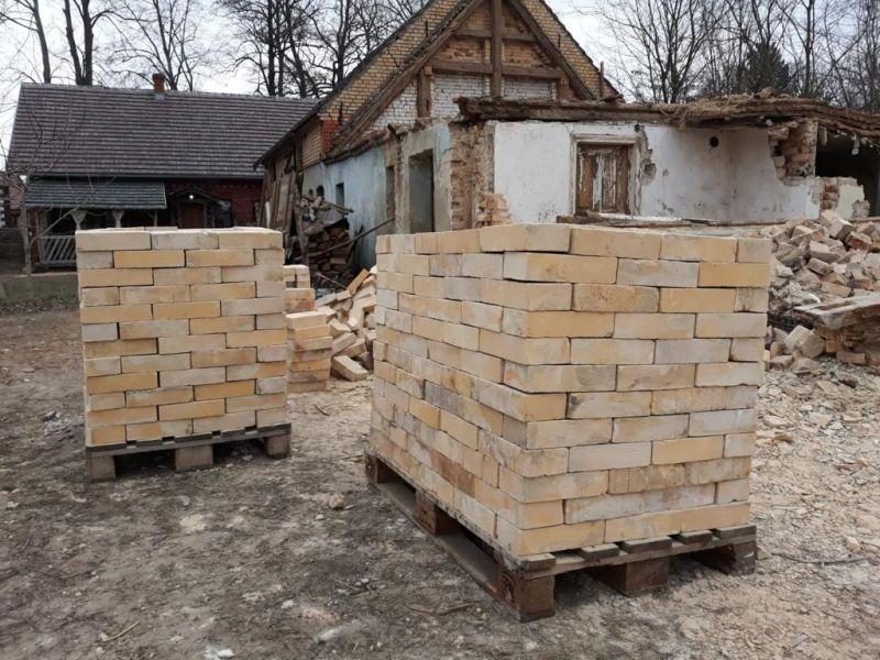 Pflastersteine Ziegelpflaster antik Backsteine Klinker Mauersteine Bodenziegel Terrasse Landhaus 4