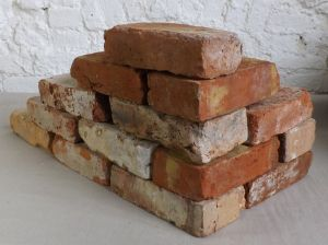 Originale Ziegelsteine Klinker Backsteine gebrauchte Mauersteine Gartensteine Gartenmauer Grill Sommerküche
