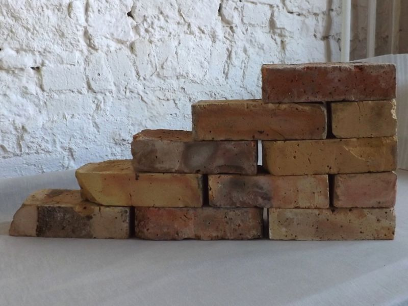Originale Ziegelsteine Klinker Backsteine gebrauchte alte Mauersteine Antikziegel Verblender historisches Mauerwerk Weinkeller Ruinenmauer Gartensteine Gartenmauer Grill Sommerküche