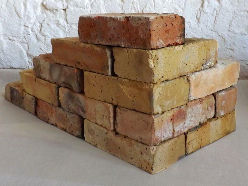 Originale Ziegelsteine Klinker Backsteine gebrauchte alte Mauersteine Antikziegel Verblender historisches Mauerwerk Weinkeller Ruinenmauer Gartensteine Gartenmauer Grill Sommerküche 1
