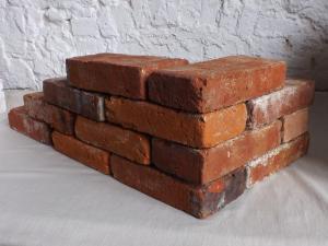 historische Ziegel originale Backsteine alte Mauerstein Wasserstrich Ringofen Gartensteine Rückbausteine