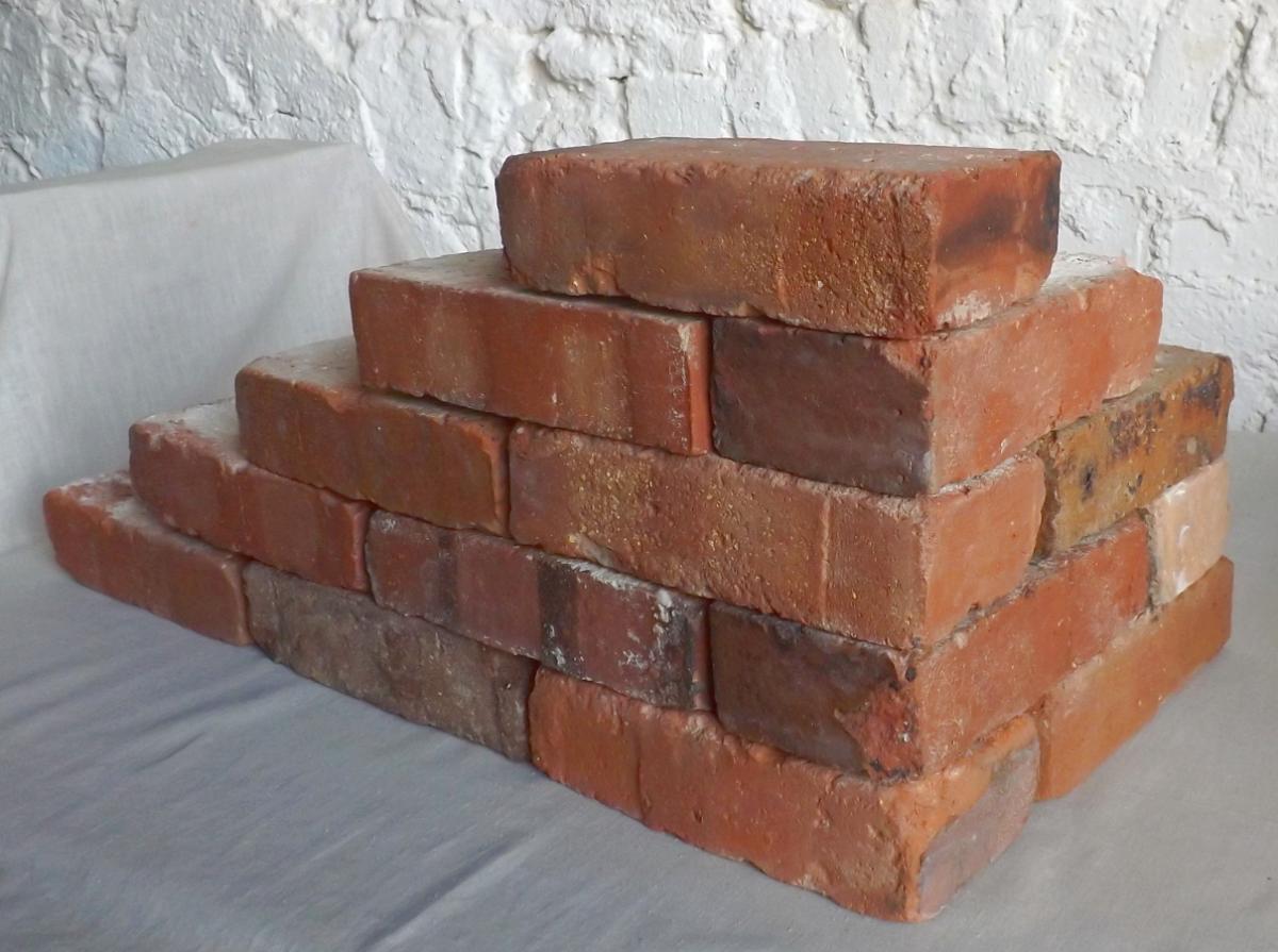 alte Ziegelsteine Klinker Backsteine gebrauchte Mauersteine Antikziegel Verblender historisches Mauerwerk Weinkeller Ruinenmauer ökologische klimaneutral Landhaus rustikal 1