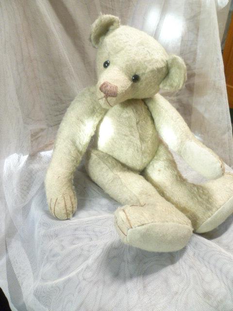Seltener, antiker Vorkriegs- ausgeprägter ganz besonderer buckeliger Charakter Teddybär  Ein uralter, charmanter Bär wohl um 1920 er Jahre 1