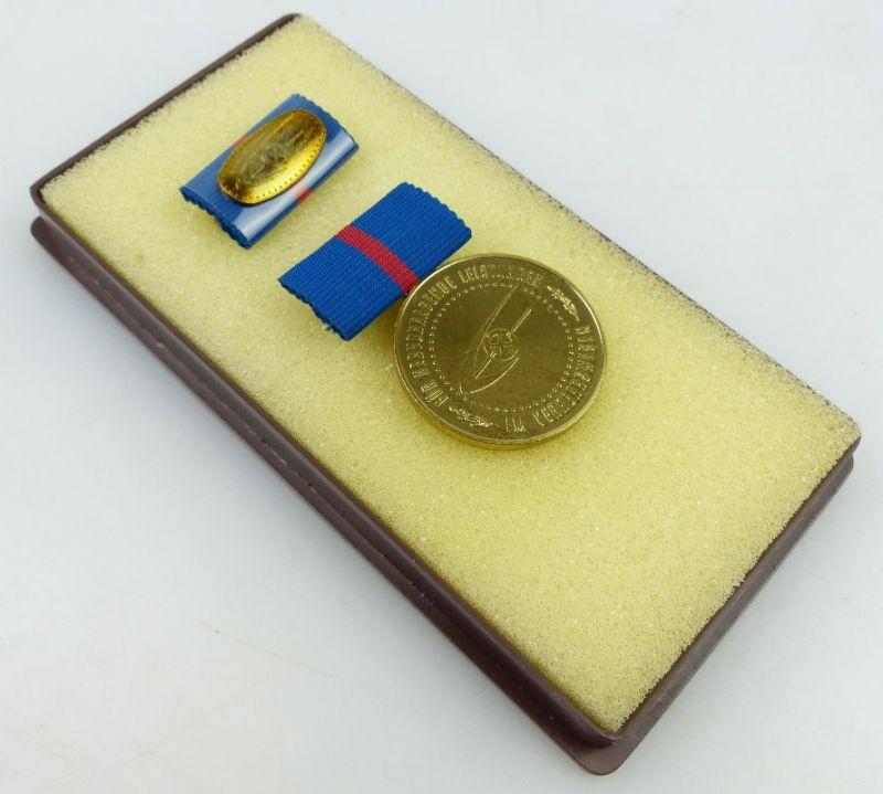 Medaille für hervorragende Leistungen im Verkehrswesen der DDR, Orden908