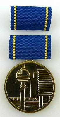 Medaille für hervorragende Leistungen im Bauwesen der DDR Gold, Orden2284