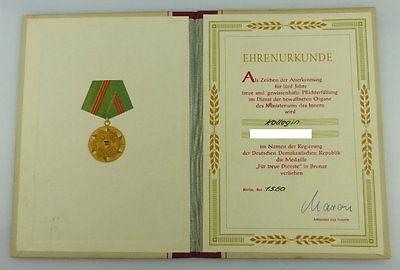 Urkunde: Medaille Treue Dienste in den bewaffneten Organen MdI 1960, Orden2793