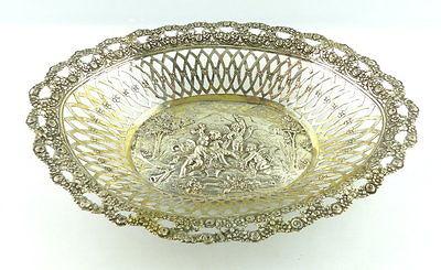 Alte dekorative Schale in 800 (Ag) Silber mit Engelskindern als Motiv e1403