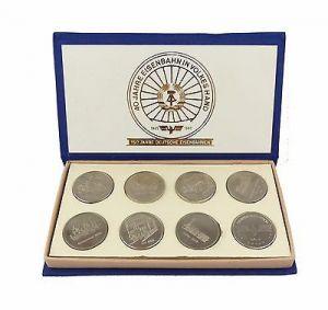 #e7340 Ministerium für Verkehrswesen der DDR 40 Jahre Eisenbahn 8 alte Medaillen 0