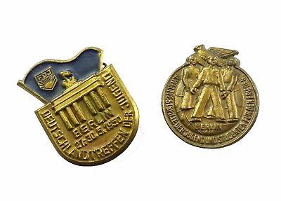 #e8199 2 DDR Abzeichen FDJ Deutschlandtreffen FDJ 1950 + Weltfestspiele 1951