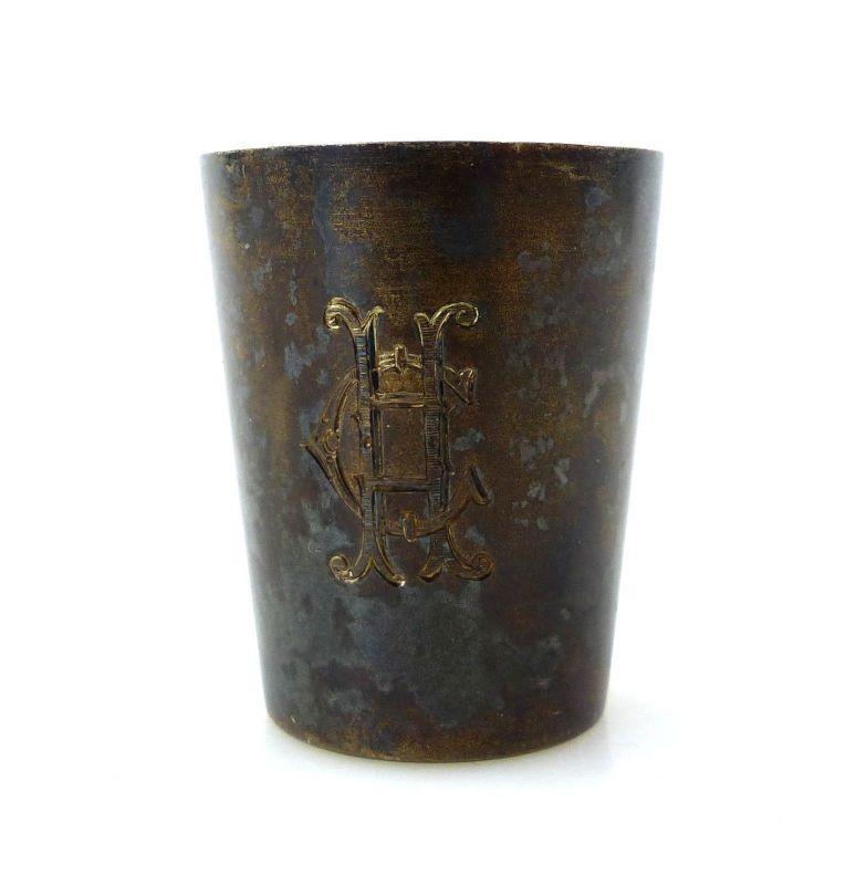 #e8813 Wodkabecher aus 800 Silber mit Ziermonogramm CH signiert 31.X.1902