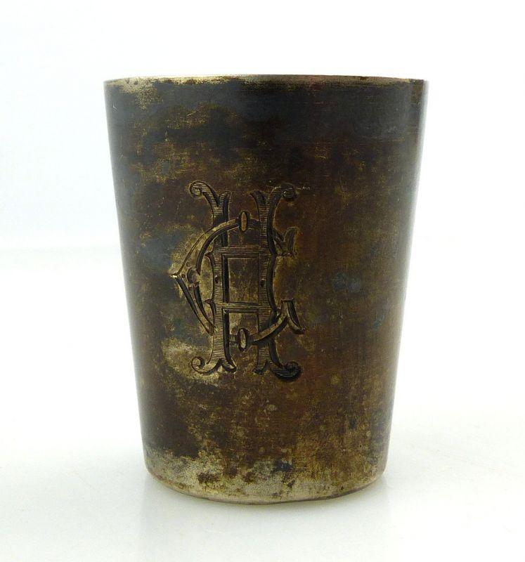 #e8810 Wodkabecher aus 800 Silber mit Ziermonogramm CH signiert Weihnachten 1900
