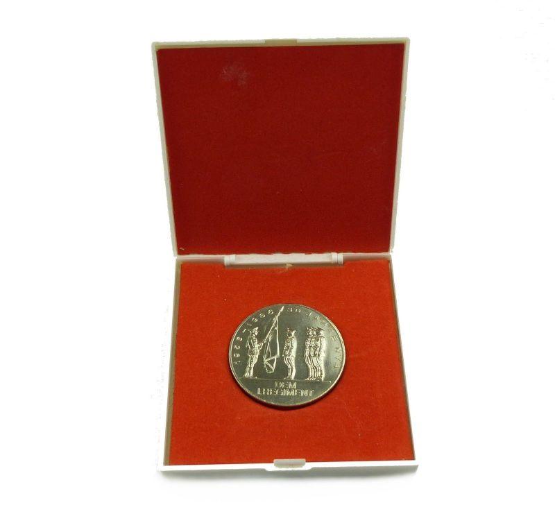 #e8890 DDR Medaille dem 1. Regiment, Wachregiment Stasi 30 Jahre NVA 1956-1986
