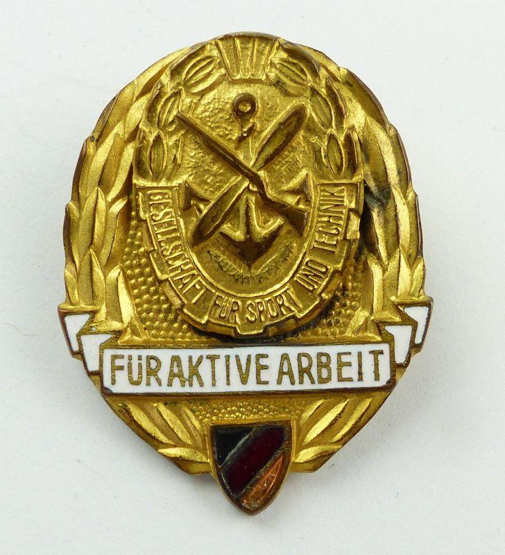 #e8977 Abzeichen / Medaille für aktive Arbeit in der GST vgl. Nr. 11 e (1959-60)