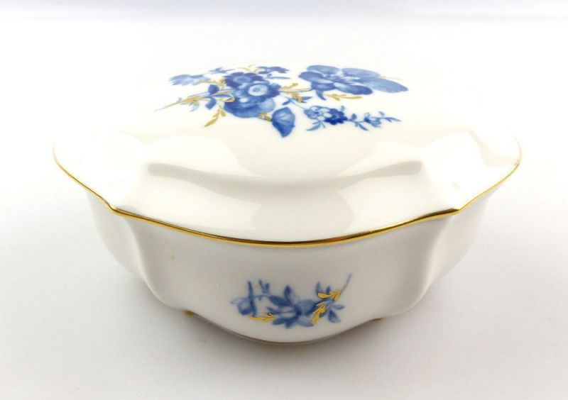 E4257 Kleine Meissen Porzellan Dose mit Deckel 1. Wahl Aquatinta Blumen & Gold
