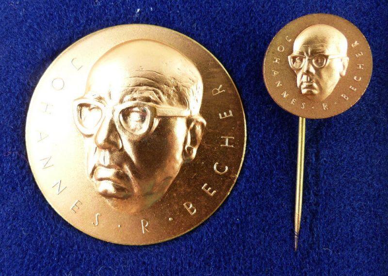 Medaille & Anstecknadel in Bronze im Etui - Johannes R. Becher e1101