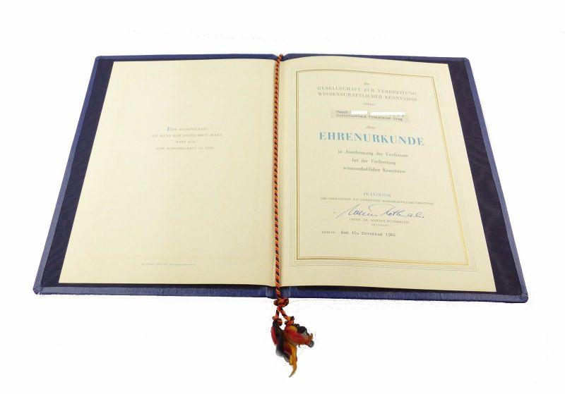 #e6680 DDR Ehrenurkunde Kreisvorstand Prenzlauer Berg, verliehen 1960 Berlin