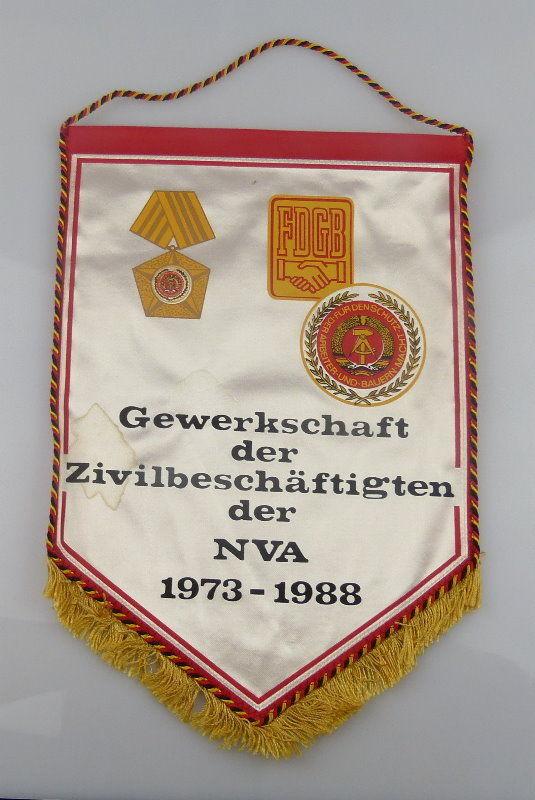 Wimpel: Gewerkschaft der Zivilbeschäftigten der NVA FDGB 1973-88, Orden1875