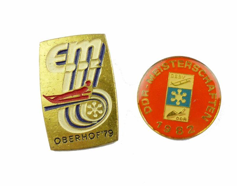 #e6979 2 alte DDR Abzeichen Meisterschaften 1982 DSBV + EM Oberhof 1979