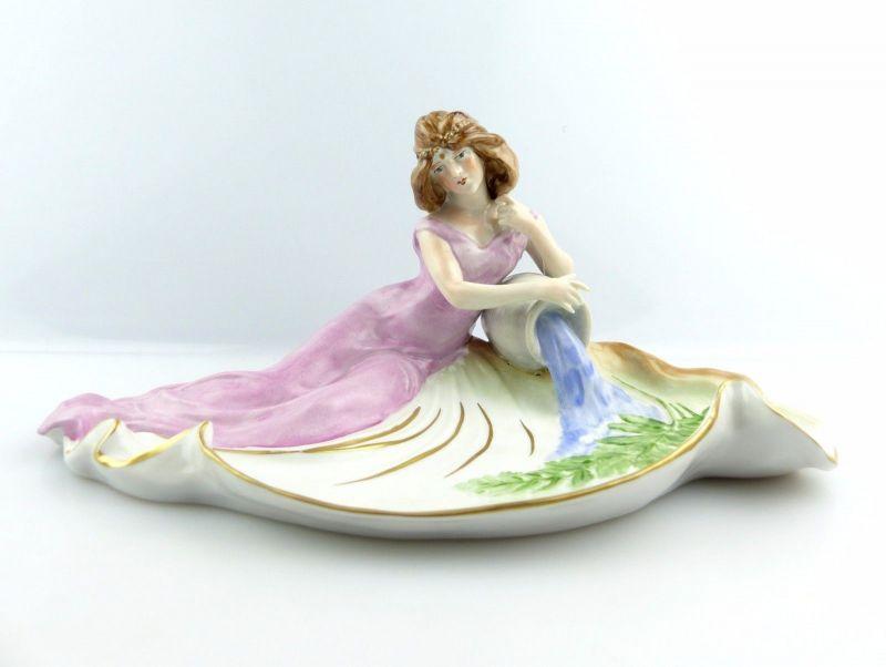 #e5126 Dekorative Jugendstil Porzellan Figur PMP Schierholz signiert