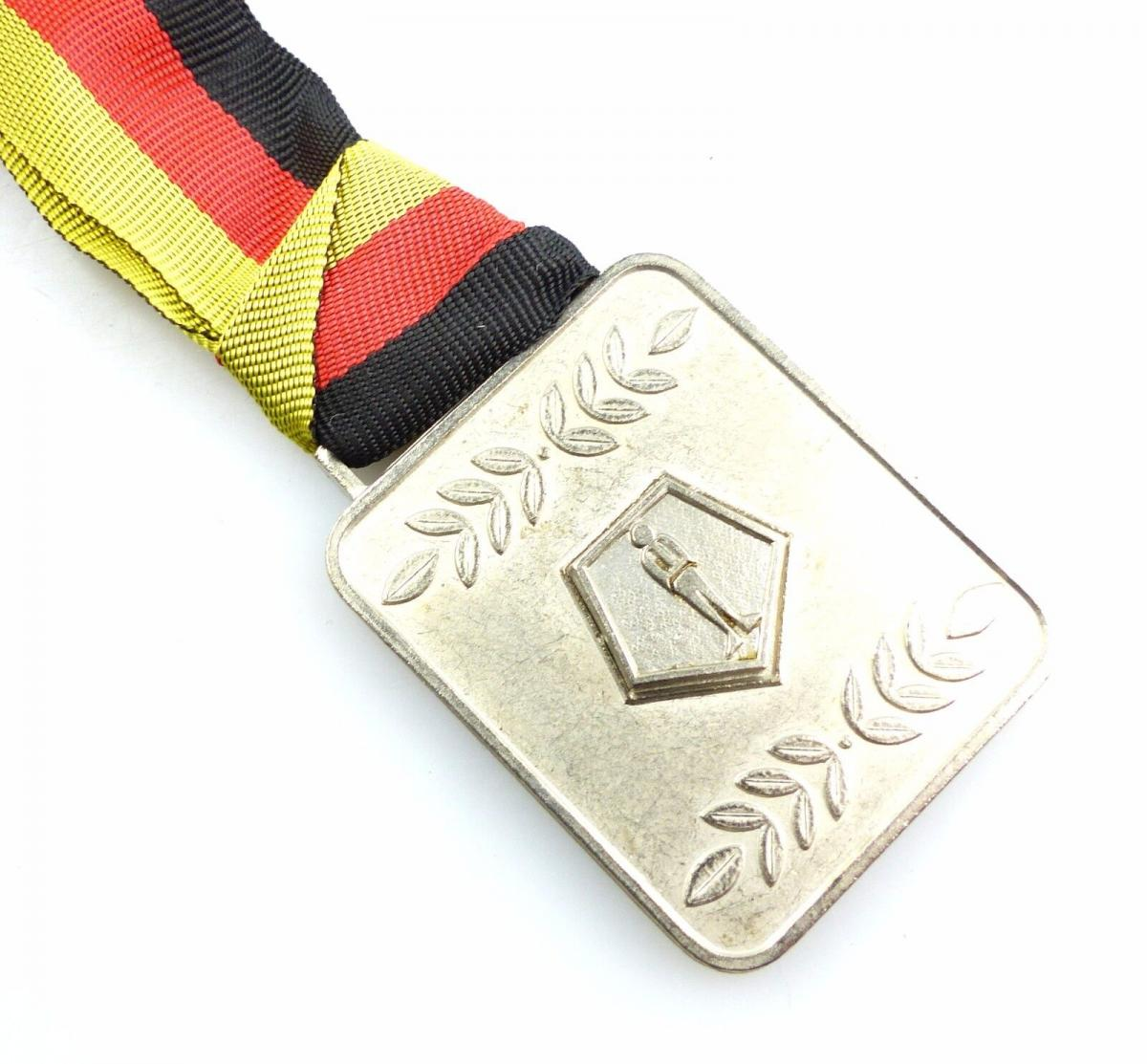 #e5544 DDR Medaille in Silber Bezirksvorstand Magdeburg GST
