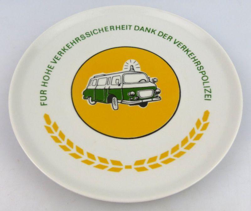Andenkenteller: Für hohe Verkehrssicherheit dank der Verkehrspolizei (so075)