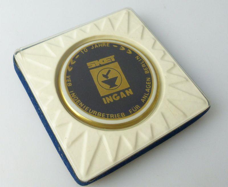 Medaille : 10 Jahre VEB Ingenieurbetrieb Für Anlagen Berlin / r187