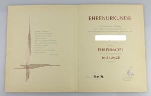 Urkunde: Ehrennadel Sportvereinigung Dynamo in Bronze 1972 verliehen, Orden2806