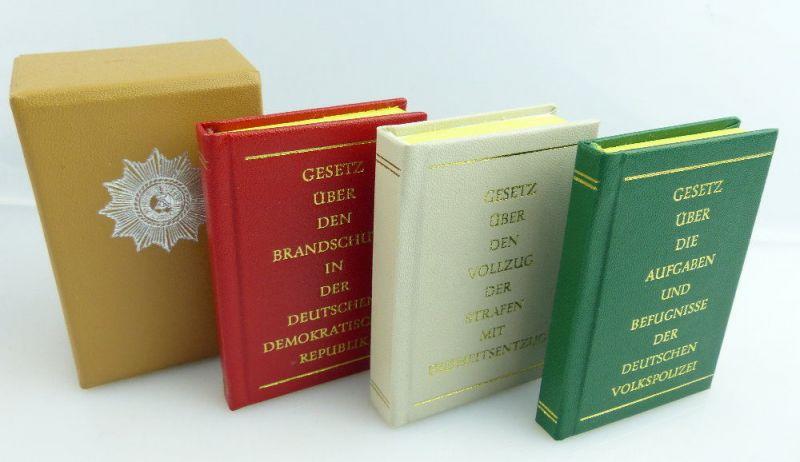 3 Minibücher: Gesetz über die Aufgaben und Befugnisse Volkspolizei e307