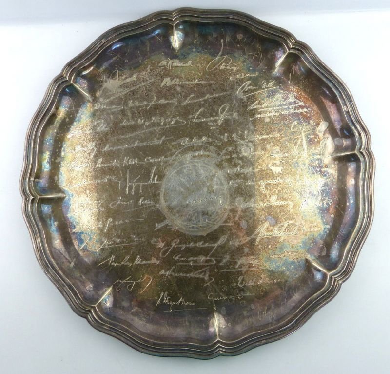 Tablett aus Botschafterhaushalt mit namenhaften Unterschriften 800 Silber e1366 1